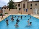 b_0_100_16777215_00_images_photos_immersion_lieu_accueil_batiment_AB_et_C_cote_piscine.jpg